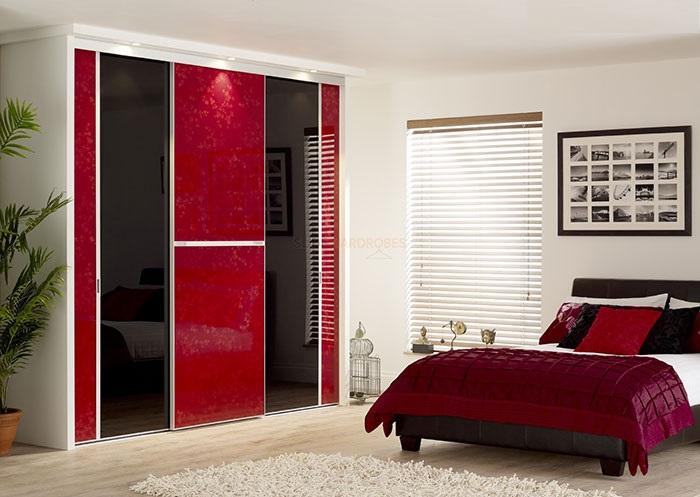 شیشه رنگی اتاق خواب