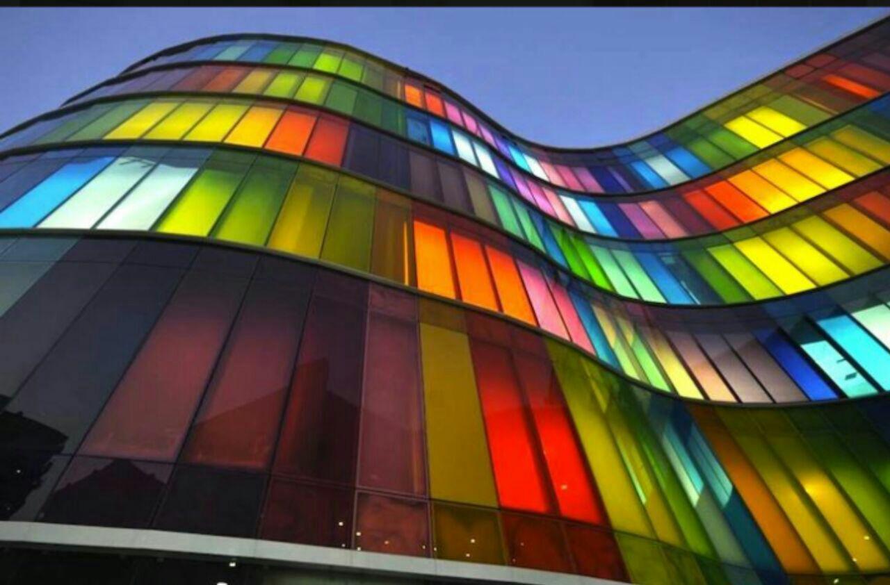 شیشه رنگی دیوارپوش نما