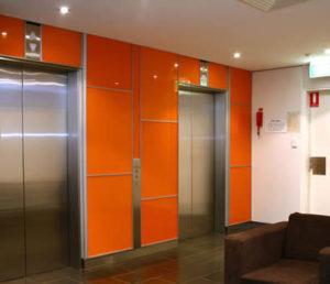 شیشه رنگی دکوراتیو آشپزخانه نارنجی