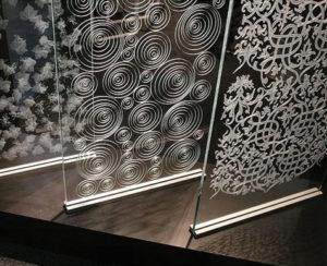 انگروینگ شیشه